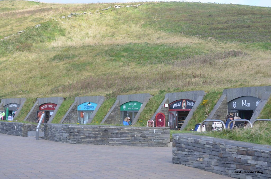 Moher Shops
